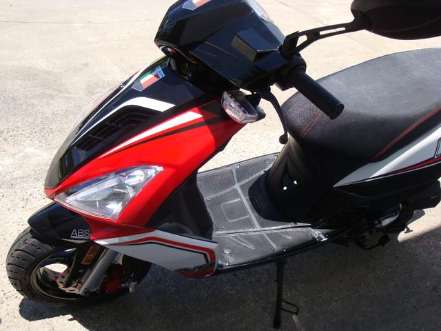 2016 Italica A9    49cc scooter Daytona Beach, FL 8