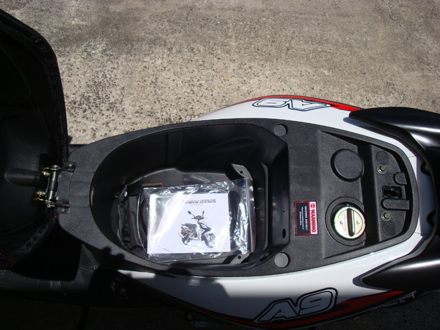 2016 Italica A9    49cc scooter Daytona Beach, FL 9