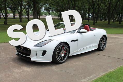 2016 Jaguar F-TYPE R Convertible  1 Owner  MSRP $115333 in Marion, Arkansas