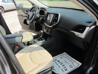 2016 Jeep Cherokee Limited Houston, Mississippi 8