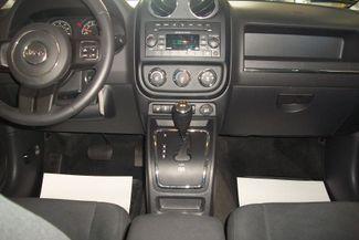 2016 Jeep Patriot 4WD Latitude Bentleyville, Pennsylvania 8