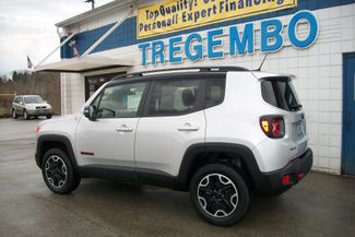 2016 Jeep Renegade 4X4 Trailhawk Bentleyville, Pennsylvania 42