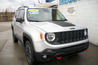 2016 Jeep Renegade 4X4 Trailhawk Bentleyville, Pennsylvania 32