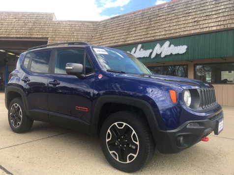 2016 Jeep Renegade Trailhawk in Dickinson, ND
