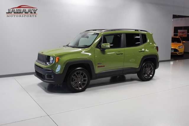 2016 Jeep Renegade 75th Anniversary Merrillville, Indiana 32