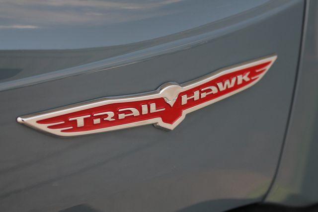 2016 Jeep Renegade Trailhawk 4WD - TOMAHAWK PKG - NAV - SUNROOF! Mooresville , NC 28
