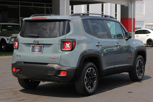 2016 Jeep Renegade Trailhawk 4WD - TOMAHAWK PKG - NAV - SUNROOF! Mooresville , NC 24