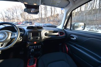 2016 Jeep Renegade Trailhawk Naugatuck, Connecticut 18