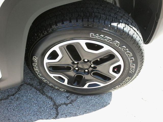 2016 Jeep Renegade Trailhawk 4x4 San Antonio, Texas 42