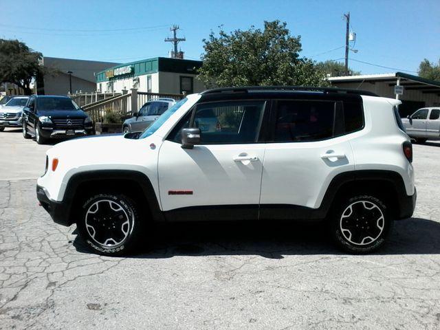 2016 Jeep Renegade Trailhawk 4x4 San Antonio, Texas 4