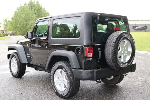 2016 Jeep Wrangler Sport Mooresville, North Carolina 4