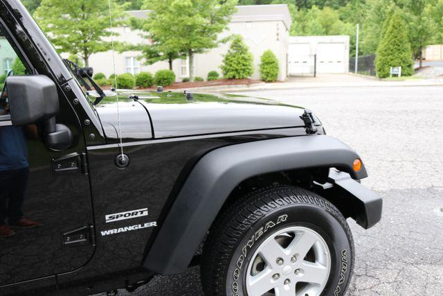2016 Jeep Wrangler Sport Mooresville, North Carolina 60
