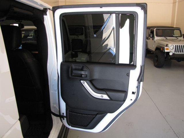 2016 Jeep Wrangler Unlimited Rubicon Hard Rock Jacksonville , FL 42