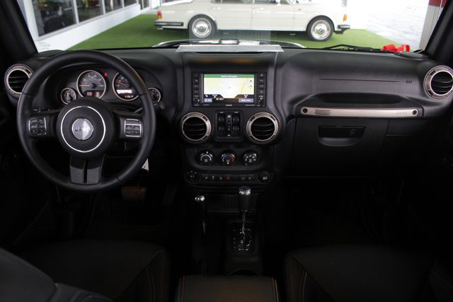 2016 Jeep Wrangler Unlimited 75th Anniversary 4X4 - LIFTED - NAVIGATION! Mooresville , NC 29