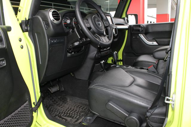 2016 Jeep Wrangler Unlimited Rubicon 4X4 - NAVIGATION - HEATED LEATHER! Mooresville , NC 27