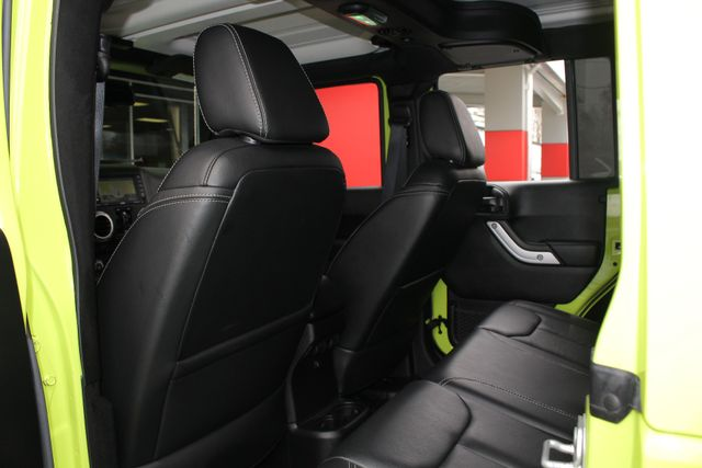 2016 Jeep Wrangler Unlimited Rubicon 4X4 - NAVIGATION - HEATED LEATHER! Mooresville , NC 36
