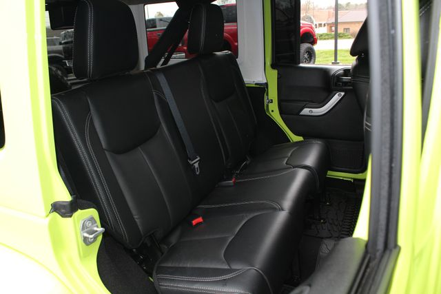 2016 Jeep Wrangler Unlimited Rubicon 4X4 - NAVIGATION - HEATED LEATHER! Mooresville , NC 12
