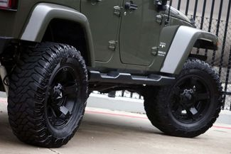 2016 Jeep Wrangler Unlimited Sahara * LIFTED * 35's * Leather * BUMPERS *EXTRAS Plano, Texas 28