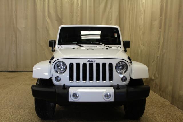 2016 Jeep Wrangler Unlimited Sahara Roscoe, Illinois 3