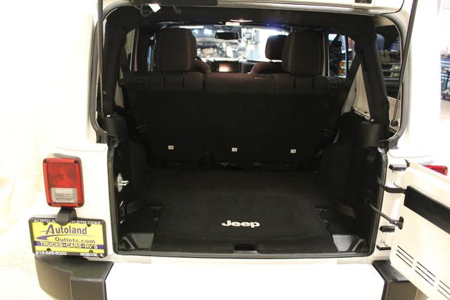 2016 Jeep Wrangler Unlimited Sahara Roscoe, Illinois 25