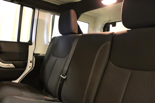 2016 Jeep Wrangler Unlimited Sahara Roscoe, Illinois 27