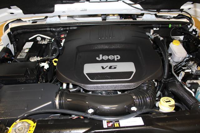 2016 Jeep Wrangler Unlimited Sahara Roscoe, Illinois 37