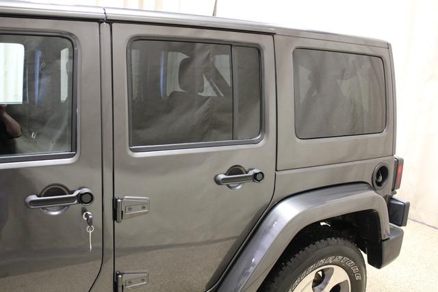 2016 Jeep Wrangler Unlimited Sahara Roscoe, Illinois 11