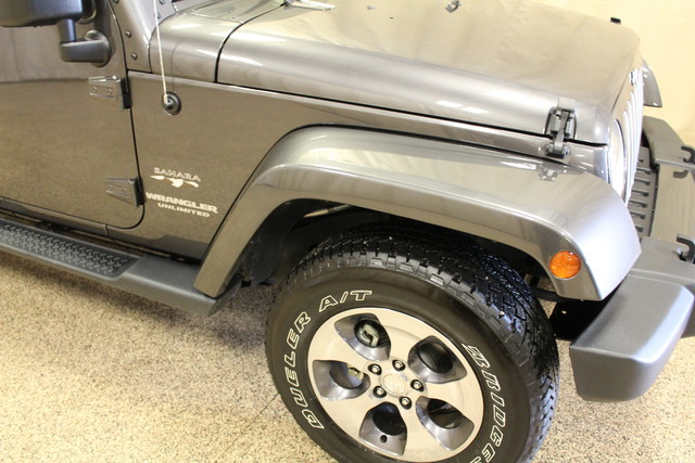 2016 Jeep Wrangler Unlimited Sahara Roscoe, Illinois 4