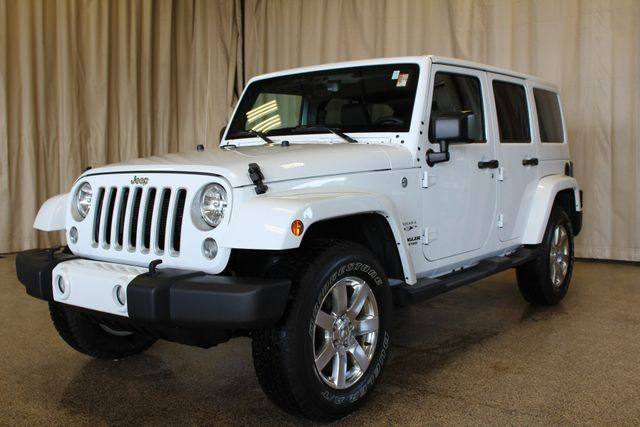 2016 Jeep Wrangler Unlimited Sahara Roscoe, Illinois 3