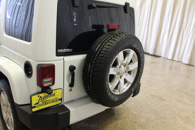 2016 Jeep Wrangler Unlimited Sahara Roscoe, Illinois 9
