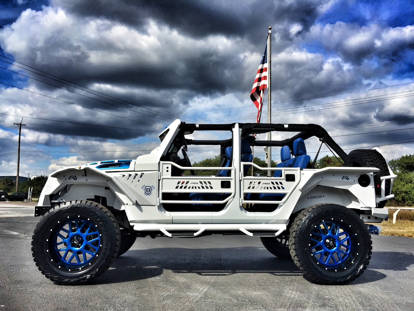 2016 Jeep Wrangler Unlimited Custom Fab Four Grumper
