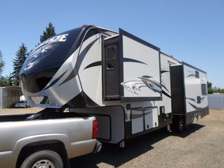 2016 Keystone Avalanche 300RL Salem, Oregon 1
