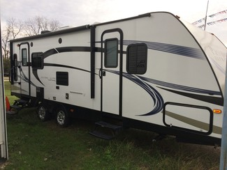 2016 Keystone Passport Ultra Lite Grand Touring 2450 RL Katy, Texas 4