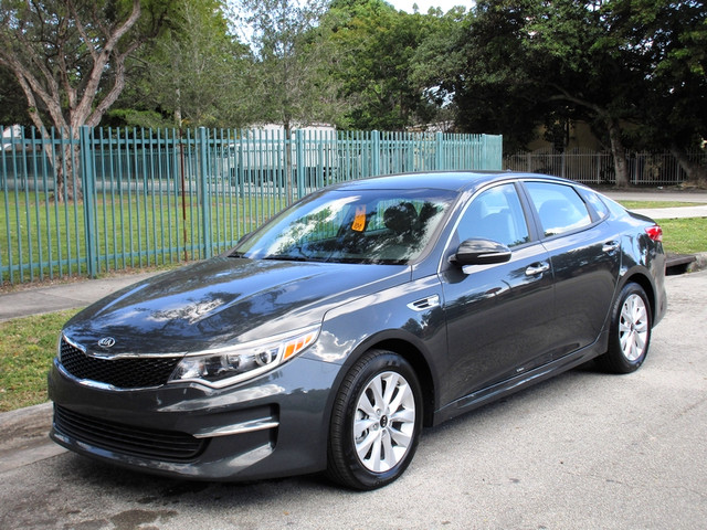 2016 Kia Optima LX Come and visit us at oceanautosalescom for our expanded inventoryThis offer e