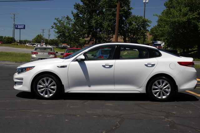 2016 Kia Optima EX - Carfax One Owner Mooresville , NC 3