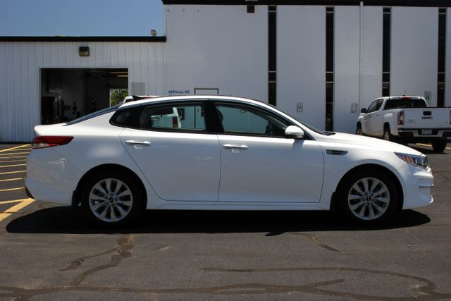 2016 Kia Optima EX - Carfax One Owner Mooresville , NC 7