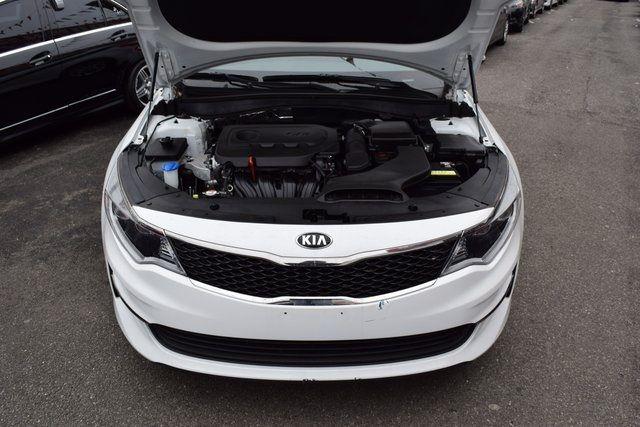 2016 Kia Optima LX Richmond Hill, New York 3