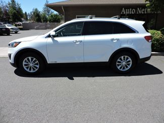 2016 Kia Sorento LX AWD V6. 3rd Row.. WTY Bend, Oregon 1