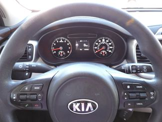 2016 Kia Sorento LX AWD V6. 3rd Row Bend, Oregon 12