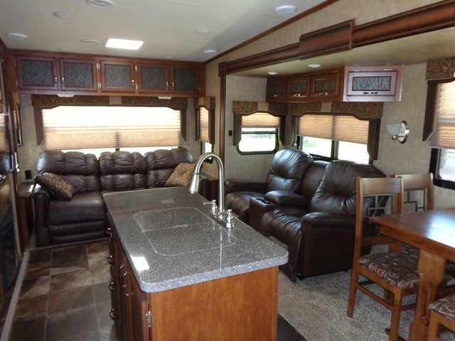 2016 Kz Durango 1500 D281RLT Mandan, North Dakota 3