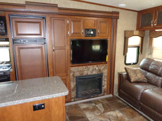 2016 Kz Durango 1500 D281RLT Mandan, North Dakota 4