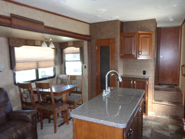 2016 Kz Durango 1500 D281RLT Mandan, North Dakota 6