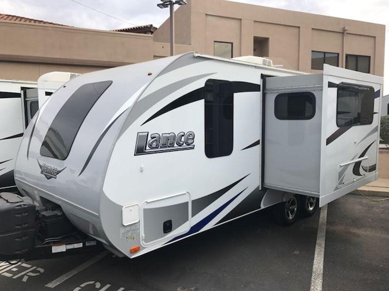 2016 Lance 1985  in Mesa, AZ
