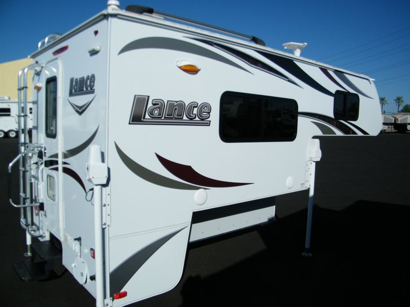 2016 Lance 825  in Surprise, AZ