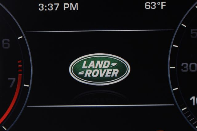2016 Land Rover Range Rover Supercharged 4WD - DRIVER & VISION ASSIST PKGS! Mooresville , NC 41
