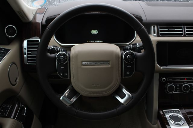 2016 Land Rover Range Rover Supercharged 4WD - DRIVER & VISION ASSIST PKGS! Mooresville , NC 7