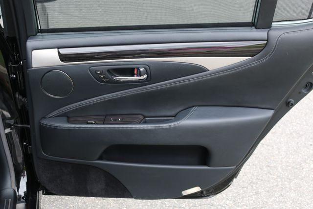2016 Lexus LS 460 L AWD Mooresville, North Carolina 103
