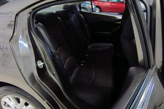 2016 Mazda Mazda3 i Sport Doral (Miami Area), Florida 18