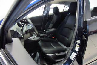 2016 Mazda Mazda3 i Sport Doral (Miami Area), Florida 15