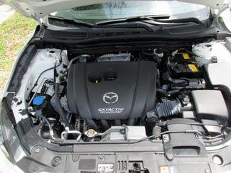 2016 Mazda Mazda3 i Sport Miami, Florida 18